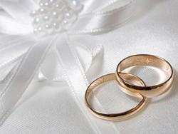 จัดกรุ๊ปสัมมนา,กิจกรรม,Event : วีธีดูแลและเก็บรักษาแหวนแต่งงานที่คู่รักควรรู้