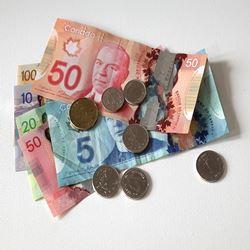 ข้อมูลเที่ยวแคนาดา : สกุลเงินประเทศแคนาดา