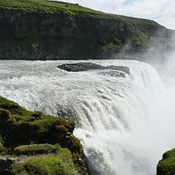 ข้อมูลเที่ยวไอซ์แลนด์ :  น้ำตกกุลล์ฟอสส์ (Gullfoss)