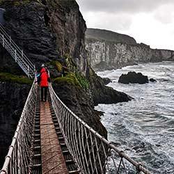 ข้อมูลเที่ยวไอซ์แลนด์ :   สะพานเชือก คาร์ริก-อะ-รีด (Carrick-a-Rede Rope Bridge)