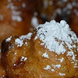 ข้อมูลเที่ยวเนเธอร์แลนด์ : ขนมโอลี่บัลที่อร่อยในเนเธอร์แลนด์