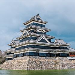 ข้อมูลเที่ยวญี่ปุ่น : ปราสาทโอซาก้า (Osaka Castle)
