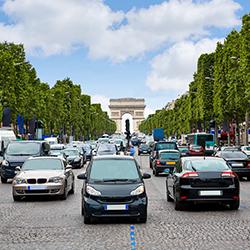 ข้อมูลเที่ยวฝรั่งเศส : ถนนชองมป์เอลิเซ่