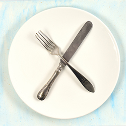 ข้อมูลเที่ยวอิโดนีเซีย : มารยาทการรับประทานอาหาร