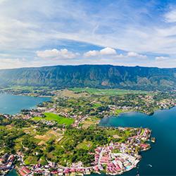 ข้อมูลเที่ยวอินโดนีเซีย : ทะเลสาบโตบา (Lake Toba)