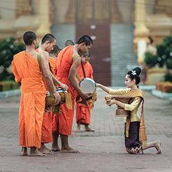 ข้อมูลเที่ยวลาว : ศาสนาของคนลาว
