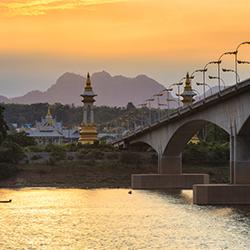 ข้อมูลเที่ยวลาว : ด่านผ่านแดนไทย-ลาว