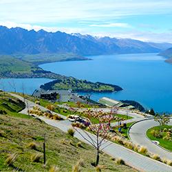 ข้อมูลเที่ยวนิวซีแลนด์ : เมืองควีนส์ทาวน์ ( Queen town )