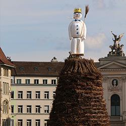ข้อมูลเที่ยวสวิตเซอร์แลนด์ : ประเพณีเสี่ยงทาย
